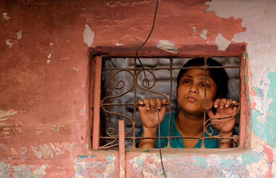 印度的絕望之女:全球自殺女性37%在印度,為什麼? | 轉角國際 udn Global