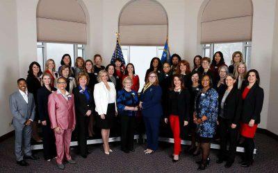 終結「男孩俱樂部」建立「女力新秩序」美國史上第一個女性過半的州議會,帶來重大改變-風傳媒