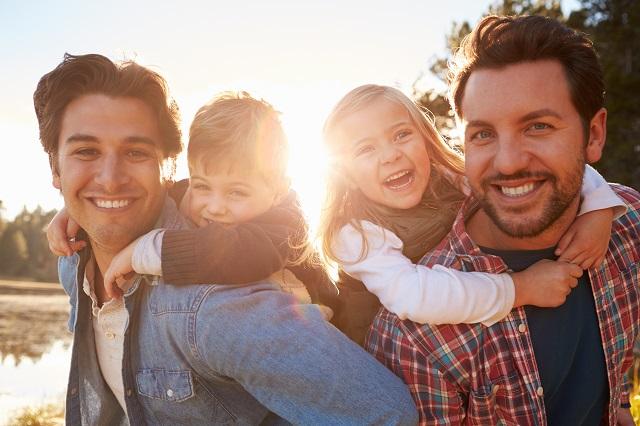 不必再問誰是父親,誰是母親?同婚家庭可以教我們的事 陳禹仁/自由人教室 獨立評論