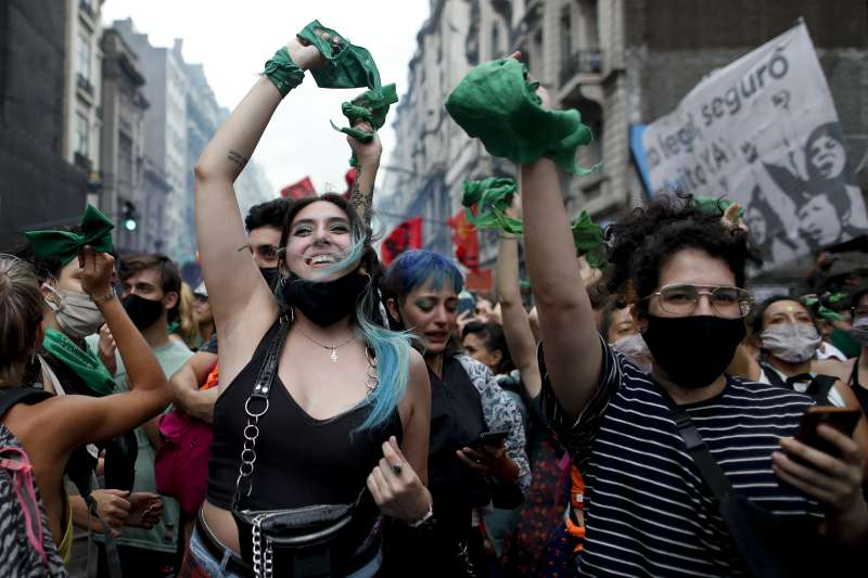 「女性不再被當生育機器」 墮胎合法化議題捲土重來 阿根廷將成拉美指標-風傳媒